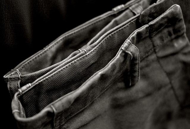 Comment porter un pantalon chino ?