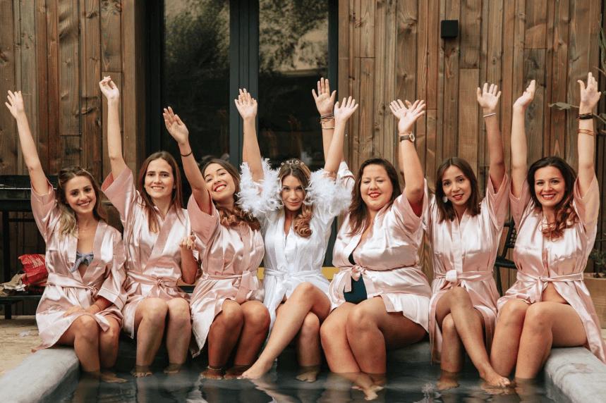 Groupe de filles à un EVJF